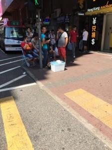 香港はまだ暑いので、日陰が人気